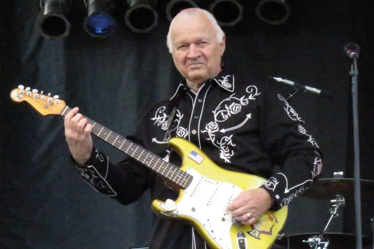 One year without Dick Dale, The King Of Surf Guitar